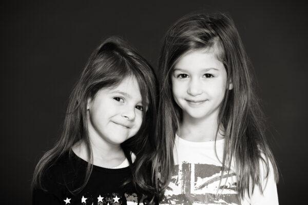 Enfants noir et blanc